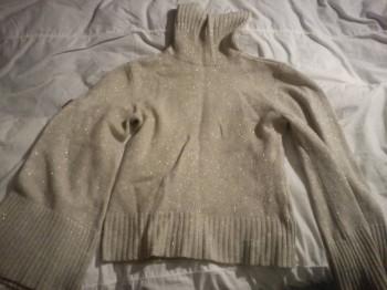 Отдам женскую одежду бесплатно - DSC04482.JPG